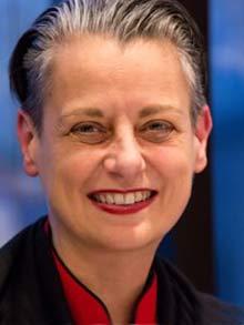 Dr. Andrea Feth