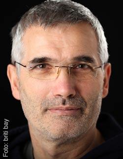 Dr. Bernd Floßmann