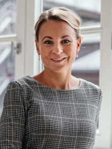 Dr. Andrea Greven