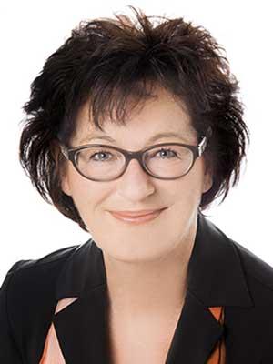 Martina Hackländer