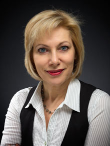 Dr. Carola Jandrey