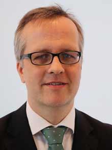 Dr. Müller Henning