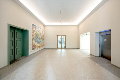 Foyer - Peter Edel